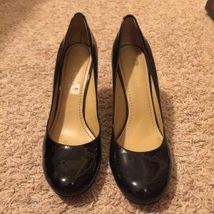 Black 2in heels